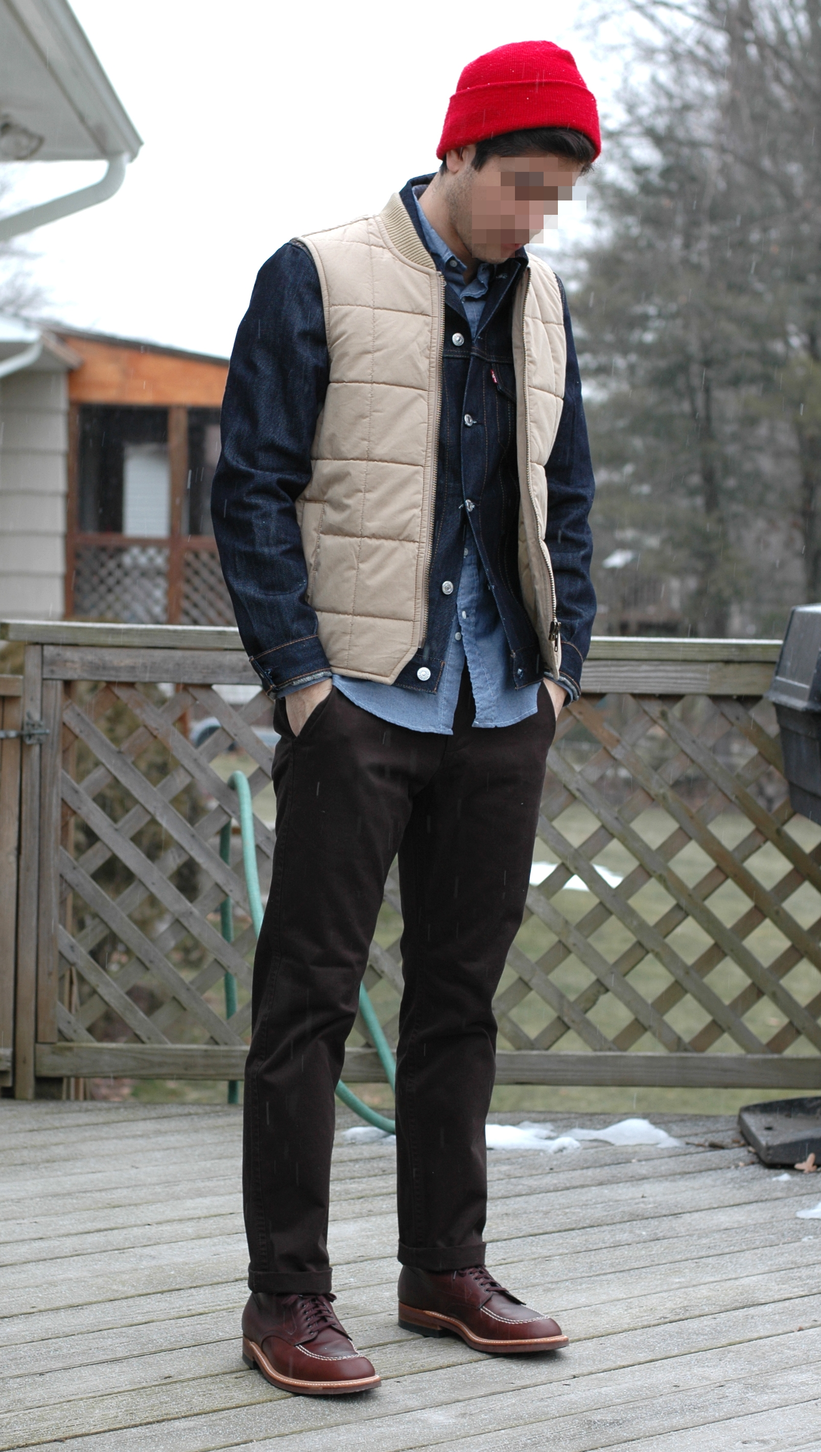 Inspiration album: denim jacket as a layering piece ...