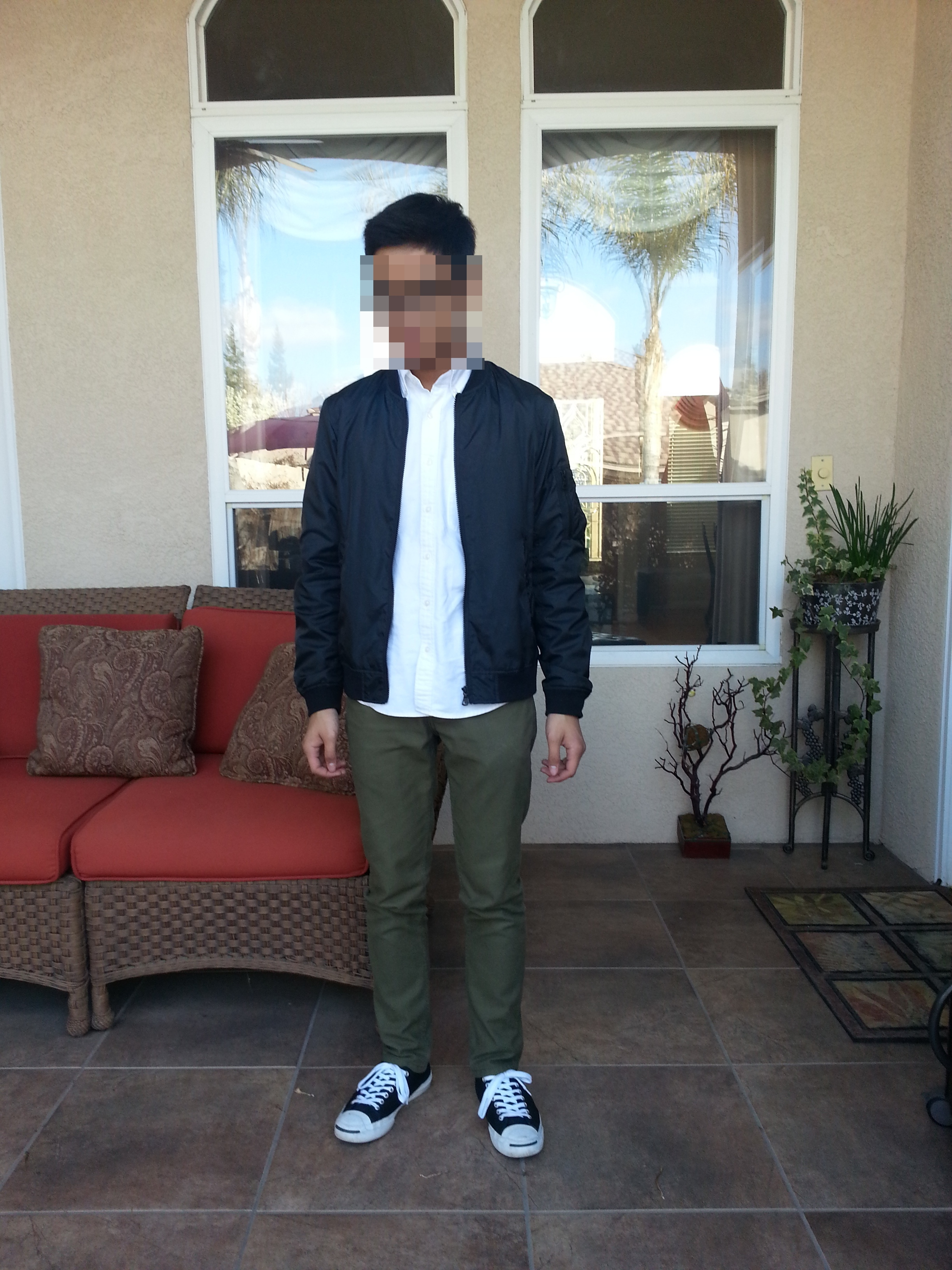 uselesspastries is wearing uniqlo short blouson uniqlo ocbd olive